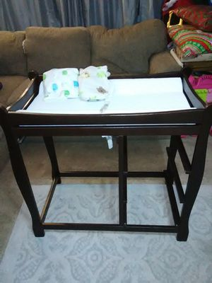 Changing table and cradle for Sale in Lakewood, CO