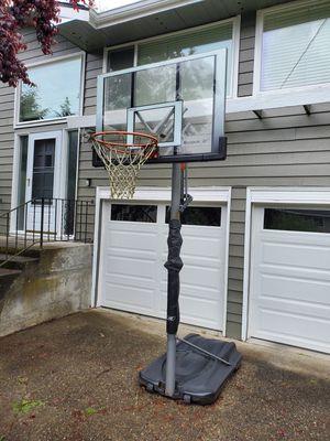 Reebok self standing basket ball hoop for Sale in Bothell, WA