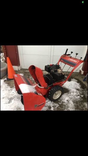 Snowblower Troy built 26 inch 10 hp all metal built to last electric start ready to eat snow for Sale in Albany, NY