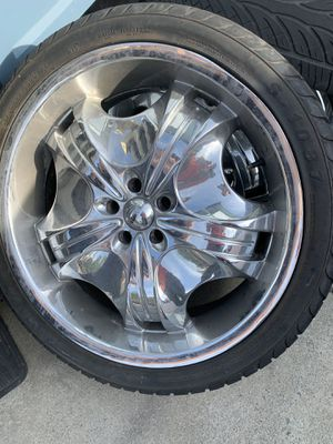 22 inch tires and rims for Sale in Castro Valley, CA