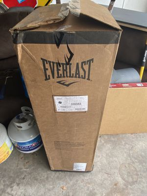 Everlast 80lb punching bag for Sale in Los Angeles, CA