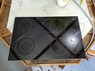 Miele Electric Cooktop for Sale in Schaumburg,  IL