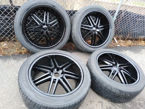 22 rims BOSS black 6 lugs 6x139 fit Toyotas Chevys. Nissan escalade