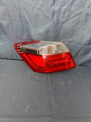 2013 2014 2015 Honda Accord Left Tail Light Taillight driver side for Sale in Fontana, CA