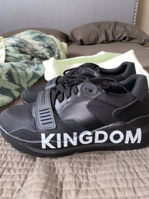 Burberry Kingdom Shoes for Sale in Phoenix, AZ