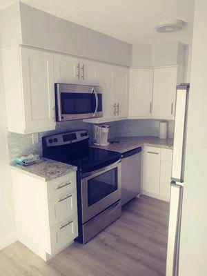 Complete kitchen for Sale in Pembroke Pines, FL