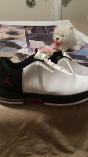 Jordans like new size 10.5 for Sale in Salt Lake City, UT