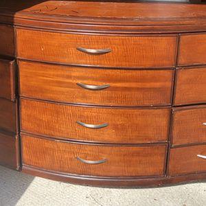 Large Dresser for Sale in Miami, FL