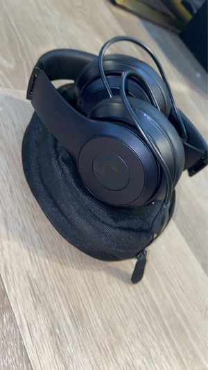 BRAND NEW wireless Black Beats 100$ for Sale in Moreno Valley, CA