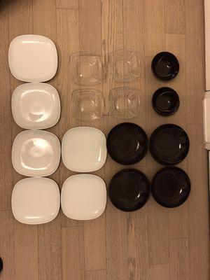 Set of plates and bowls for Sale in New York, NY