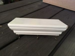 Small shelf for keys for Sale in San Marcos, CA