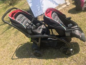Bravo Double stroller for Sale in Newberry, FL