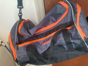 Duffle bag for Sale in Woodbridge Township, NJ