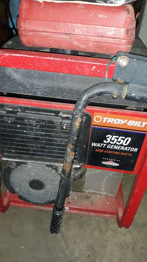 Troy bilt generator 3500 watts bought new less then 40 hours on it $250 for Sale in Monroeville, PA