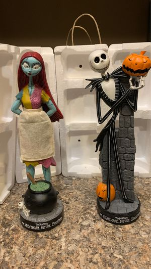 Nightmare before Christmas Jack and Sally Figurines for Sale in Phoenix, AZ