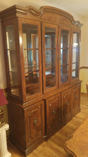 Large spacious cabinet for Sale in Homestead, PA