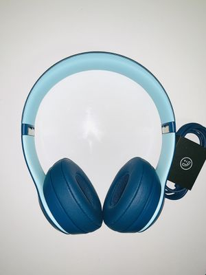 Beats Solo3 Wireless Headphones Pop Collection for Sale in Frederick, MD