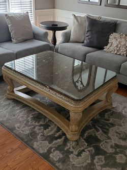 Marble Top Coffee Table With Two End Tables for Sale in Troy,  MI