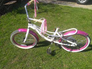 Schwinn girls bike and helmet for Sale in Eastpointe, MI