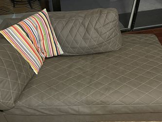 Grey Chaise Sofa for Sale in Lake Mary,  FL