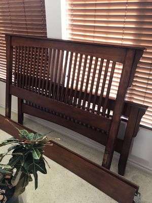 Queen Bed Frame for Sale in Wildomar, CA