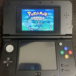 Nintendo 3ds Mario Black Friday Edition Comes With 300+ Games for Sale in Laguna Beach,  CA