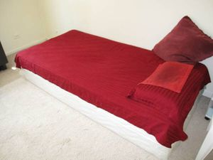One Twin bed for Sale in Chicago, IL