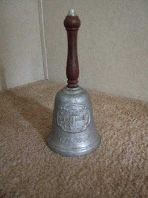 Vintage Bell for Sale in Randleman, NC