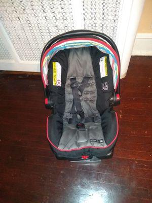 Graco infant car seat for Sale in Philadelphia, PA