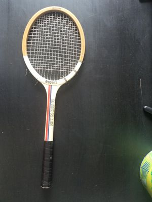 Honour Tennis Racket for Sale in Fort Lauderdale, FL