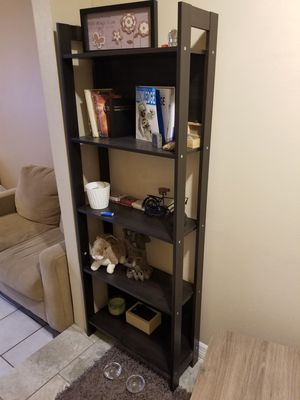 Beautiful BOOK SHELVE nice finished for Sale in Orlando, FL