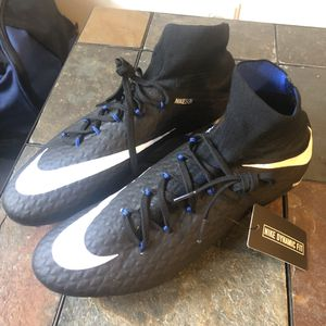 Men's soccer cleats Nike hypervenom size 10.5 for Sale in Alexandria, VA