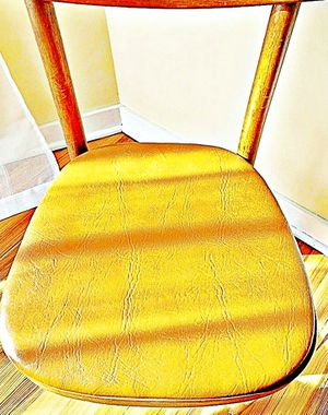Wooden Shelby Williams Industries MCM chairs (4) with leather seat cushion. for Sale in West Orange, NJ