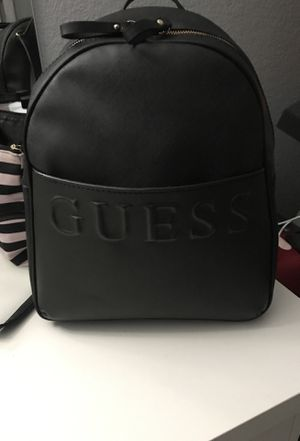 Guess medium backpack for Sale in Dallas, TX