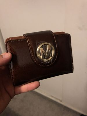 brand new womans small zipper wallet for Sale in Las Vegas, NV