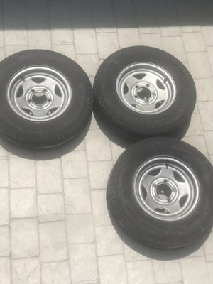 Trailer rims 13 inches 5 lug for Sale in Fort Lauderdale, FL