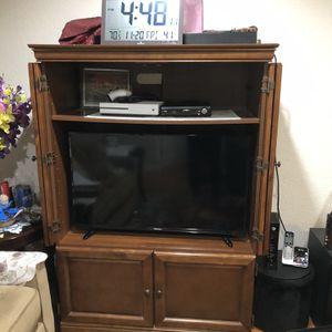 """Hisense 40"""" inch TV - 1080p LED for Sale in El Sobrante, CA"""