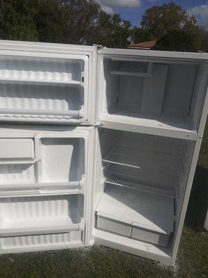 G.E refrigerator for Sale in Tampa, FL