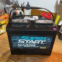 New deep cycle battery for Sale in Marysville,  WA