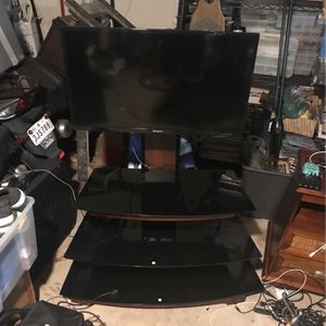 "32"" Tv W/ Entertainment Center for Sale in Plano, TX"