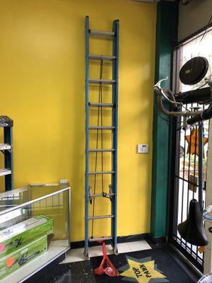 Werner 20' foot extension ladder for Sale in Margate, FL