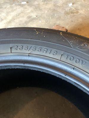 """18"""" tire for Sale in Van Buren, AR"""
