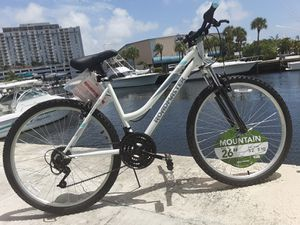 🔥BRAND NEW WOMENS 26 INCH MOUNTAIN BIKE for Sale in North Miami, FL