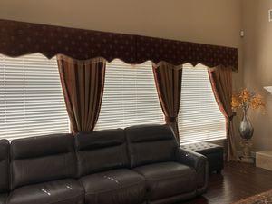 5 windows custom made $600 for Sale in Elk Grove, CA