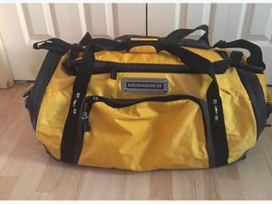 HUMMER 100 L WATERPROOF TRAVEL BAG for Sale in Suitland-Silver Hill, MD