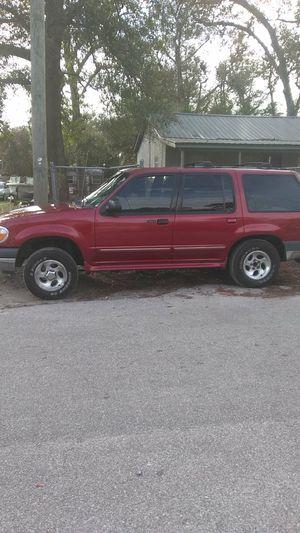Ford Explorer 2000 4 wheel drive for Sale in Dock Junction, GA