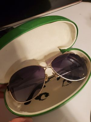 Kate spade sunglasses for Sale in Houston, TX