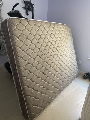 Queen mattress for Sale in Amarillo, TX