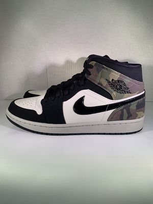 Air Jordan 1 mid ( camo ) size 10.5 $185 (Nike did not send in original box) for Sale in Elizabeth, NJ