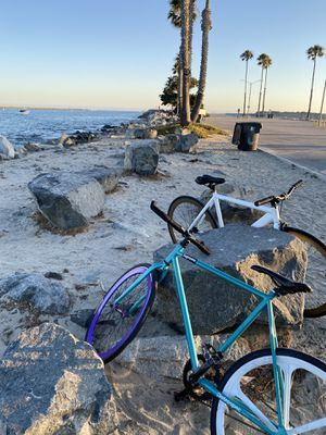 retrospec bike with 650 wheel new tires and tube for Sale in Long Beach, CA